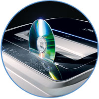 Два отдельных блока ножей для эффективного  измельчения бумаги, СD/DVD дисков